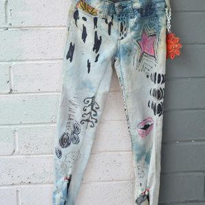 Joe's Jeans Grafitti Jeans Distressed Destroyed